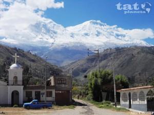15. Bílé Kordillery v okolí městečka Huaraz