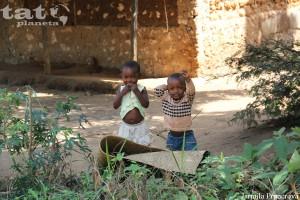 52. Radost dětí ze setkání s